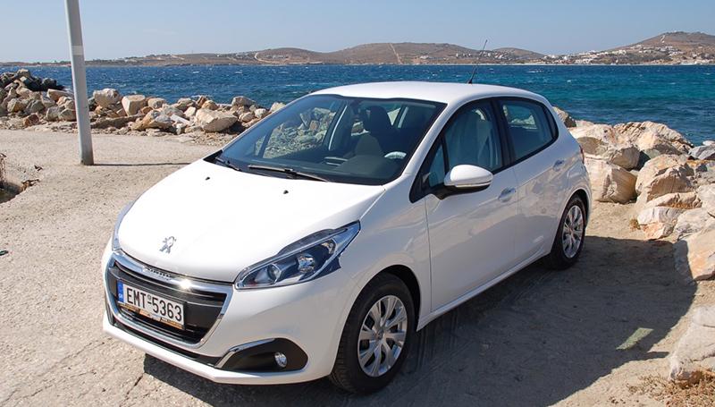 Peugeot-208_03