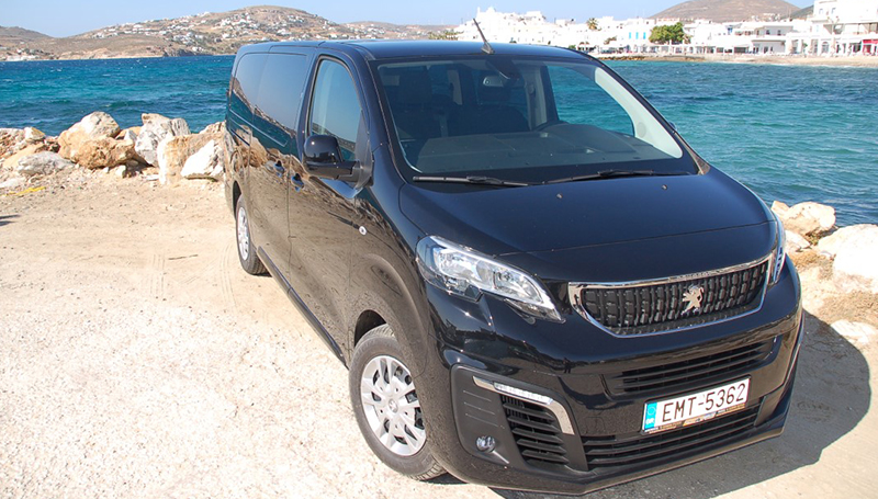 Peugeot_Traveller_01